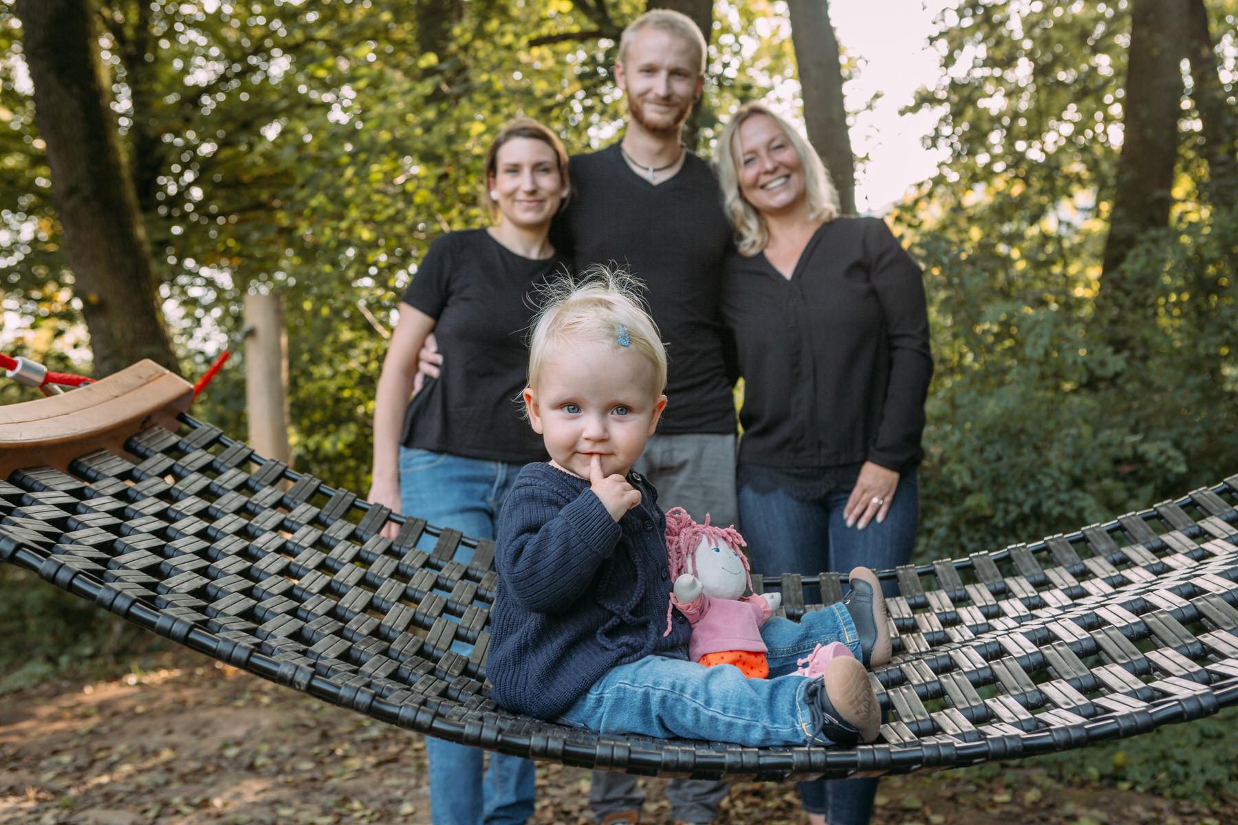 Familienbilder Odenwald - Familienfotos Odenwald - Familienshooting im Kurpark Bad König